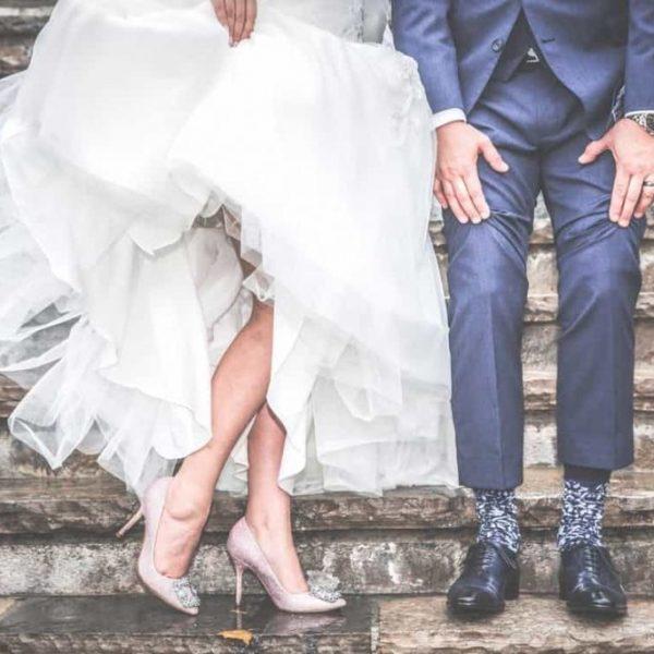 DIY: Customize a Wedding Planner Binder
