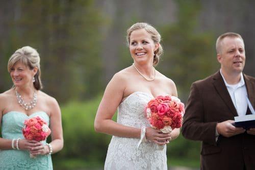 An amazingly sweet DIY barn wedding in the Colorado mountains for under $7,000 || Urban Safari Photography