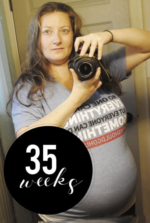 San Antonio lifestyle blogger, Cris Stone, shares a rundown of her 35th week of pregnancy. Find out more!