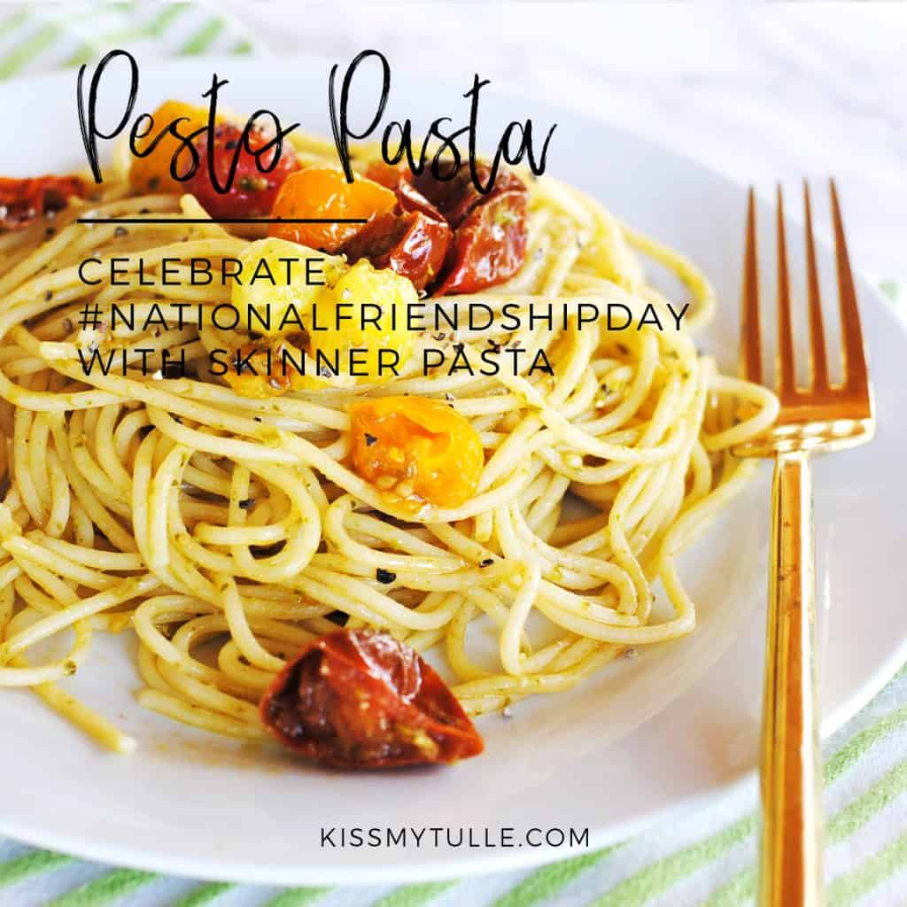 Alaskan lifestyle blogger, Kiss My Tulle, freaking ADORES pasta. It is delicious and filling and this Pesto Pasta is the perfect meal. Find out more!