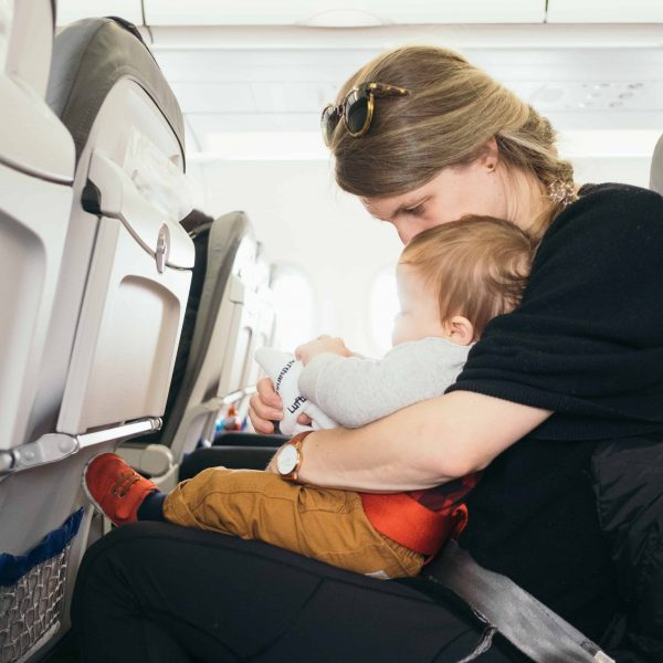 Best Travel Outfits and Luggage for Moms