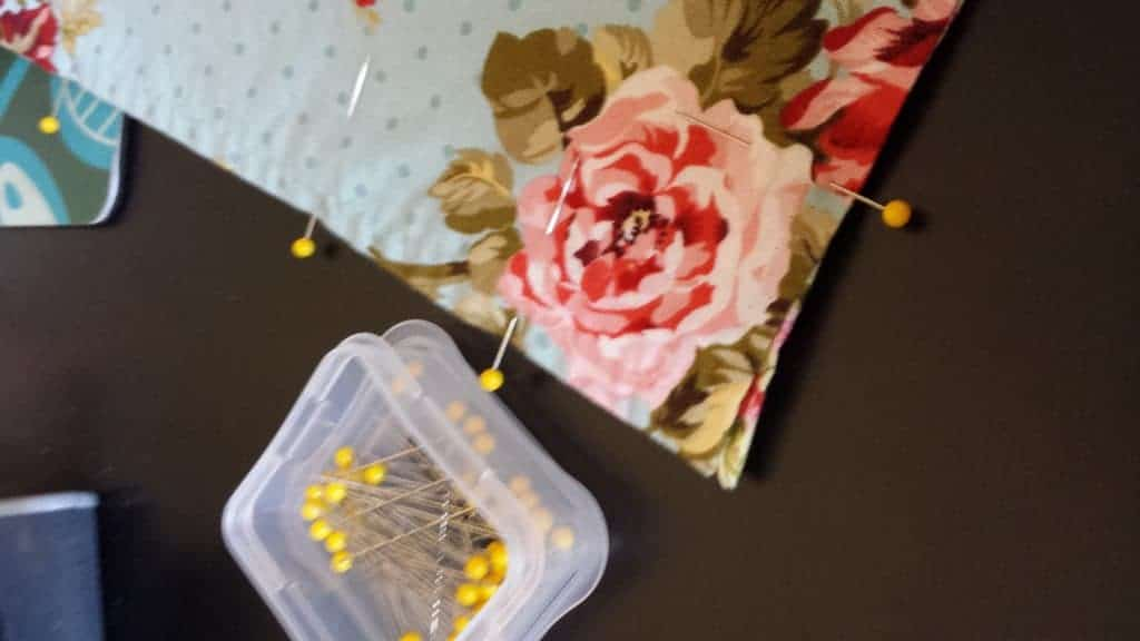 Texas Mom Blogger, Kiss My Tulle, figured out how to make double sided cloth napkins from old napkins!