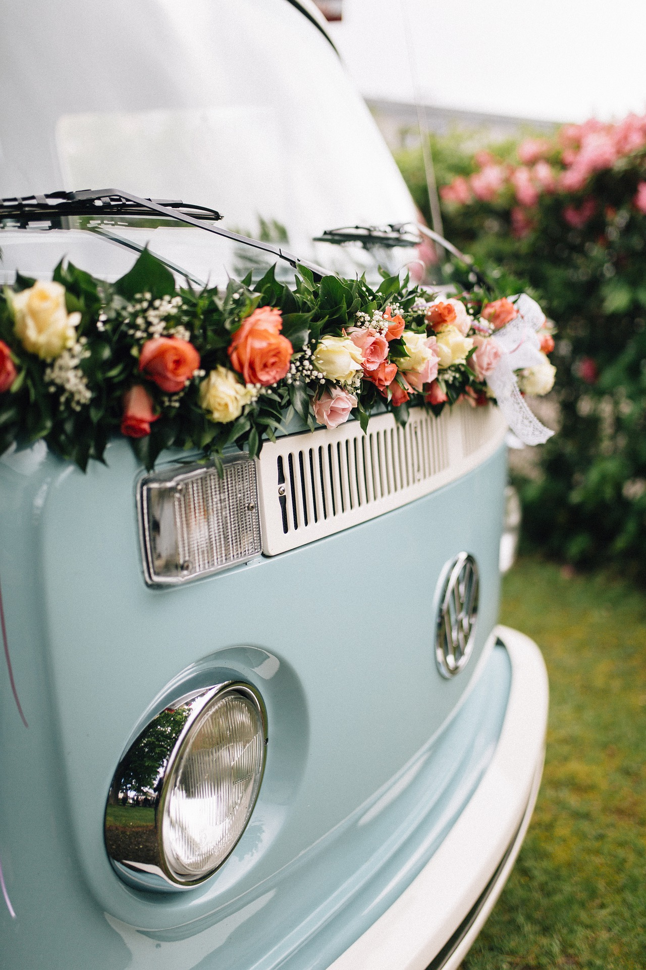 First 5 Things to Do When Planning a Budget Wedding